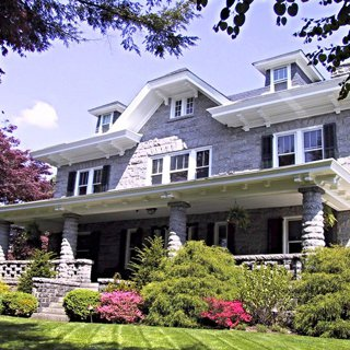 Kennett House Bed & Breakfast