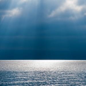 beautiful_calm_ocean_and_sky-1920x1200